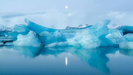 Mercury Falling by NicolasAlexanderOtto