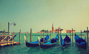 Venice view by ralucsernatoni