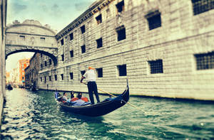 Classic Venice by ralucsernatoni