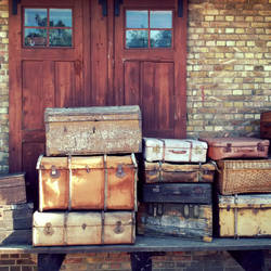 Baggage by jpachl