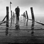 I walk in the rain... by ucilito