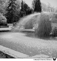 Library Garden Fountain APNG by Atratus
