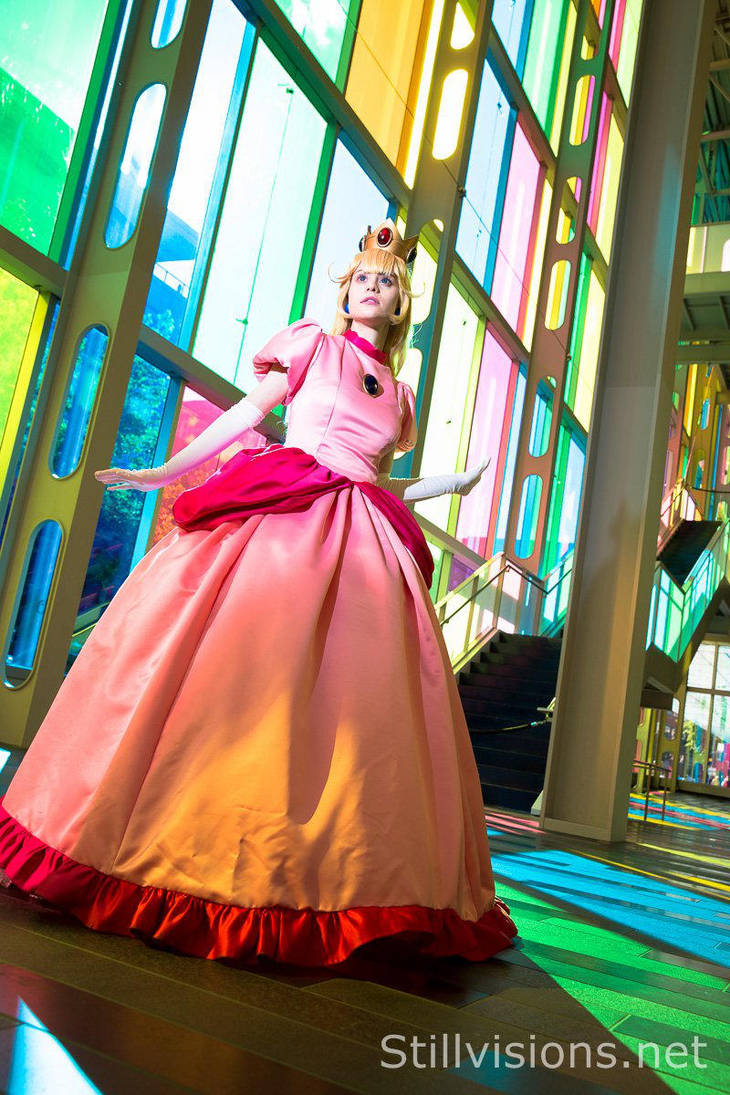 Princess Peach's Glass Castle by straywind