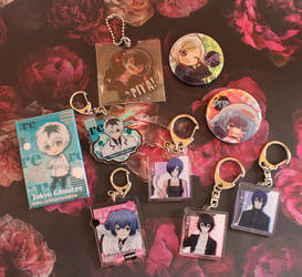Tokyo Ghoul:re keychains/buttons by ChibiGemz