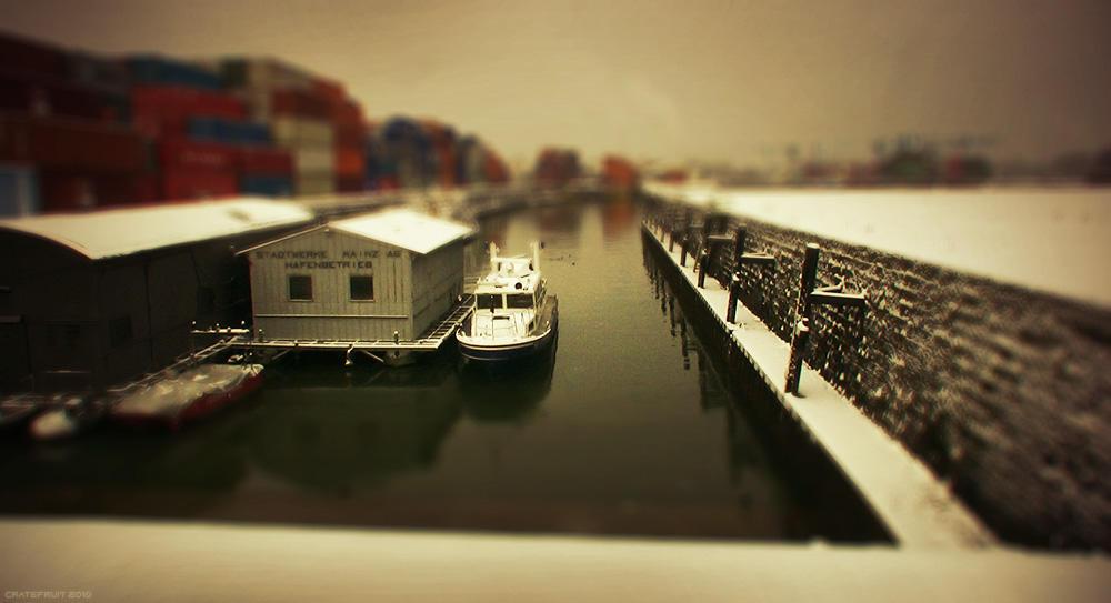 Harbor Mainz by Cratefruit