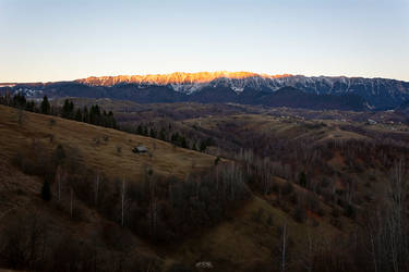 Morning sun by trekking-triP