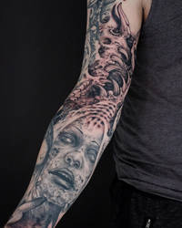 freestyle filler on a dark themed arm. by graynd