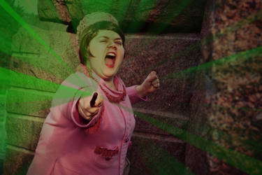 Just a Flash of Green (HP: Dolores Umbridge) by KvartsiCosplay