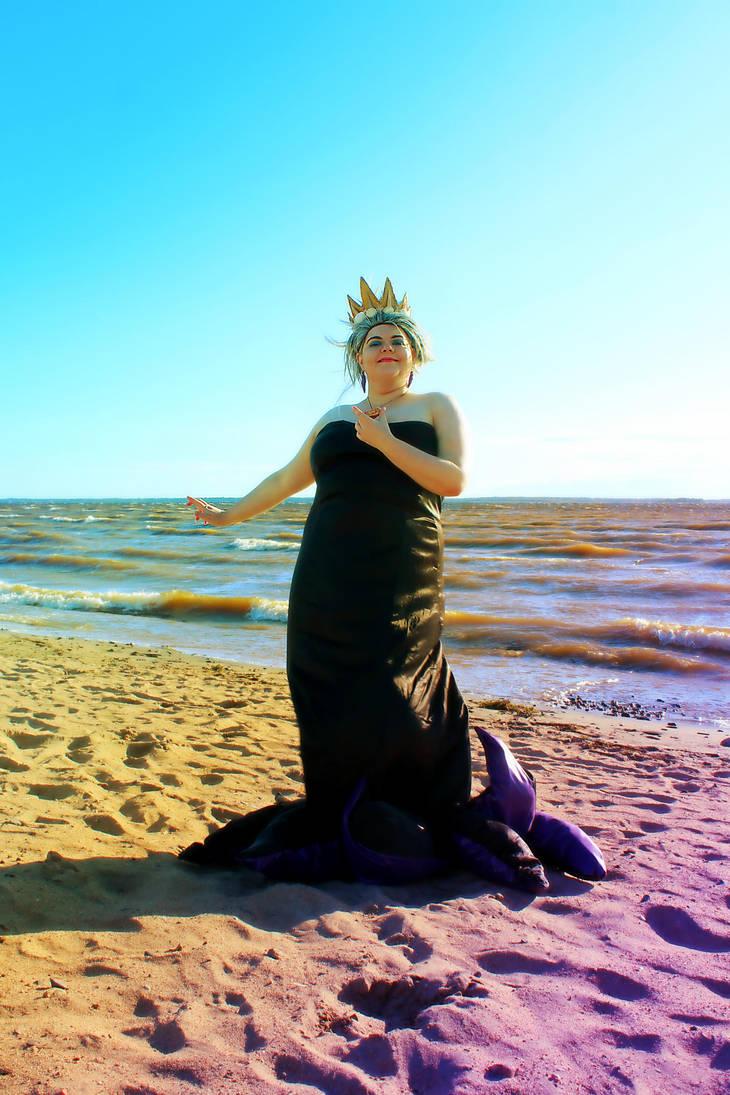 Mistress of the Sea (Ursula: Little Mermaid) by KvartsiCosplay