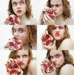 pommegranate by cristina-otero
