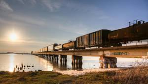 Sunset train by Vitaloverdose