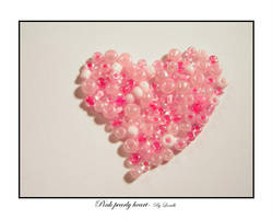 Pink pearly heart by lexidh