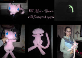 Mew beanie with fluorescent eyes by nfasel