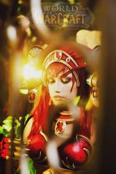 Alexstrasza, Queen of the Dragons by cxalena