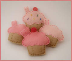 Cupcake Keychains by starry-eyedkid