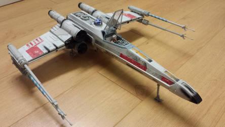 Electronic Power F/X Luke's Red Five X-Wing 01 by WozNick