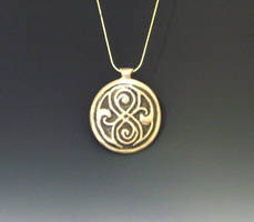 Dr Who Gallifrey pendant by Peaceofshine