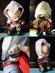 Ezio Plush by TheGrillosLab