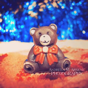 Love Me by AndreeaArsene