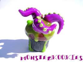 Tentacle Bog Monster Cupcake by monsterkookies