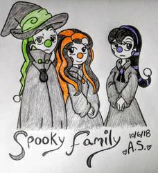 A Pretty Spooky Family by girlofhearts101