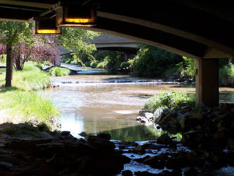 Under the Bridge by xiapathos
