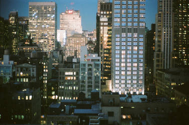 ESB 21/North - Nightfall over Midtown. by FennecFoxen