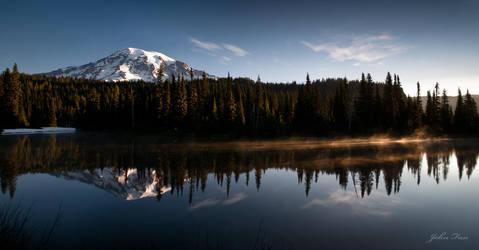 Mt Rainier Reflection by johnfan