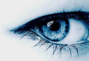 Winter eye by zuzkat