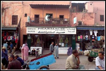 Ordinary day at the bazaar by SIFIRBIR