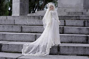 White Widow 2 by AyuAna