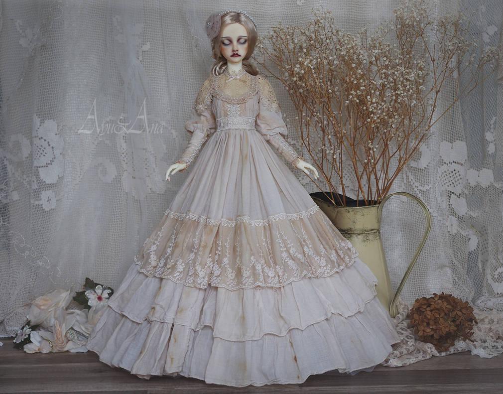 Cameo Lady by AyuAna