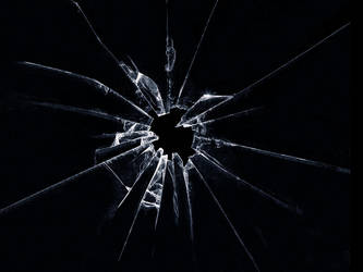 Shattered Glass by V4VoDKa