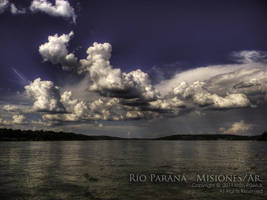 Rio Parana Misiones by ipawluk