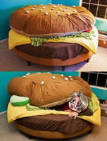 Hamburger Bed by Chibitalia-Pasta