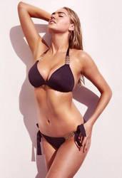 Kate Wears Her Favorite Black Bikini by pcurto