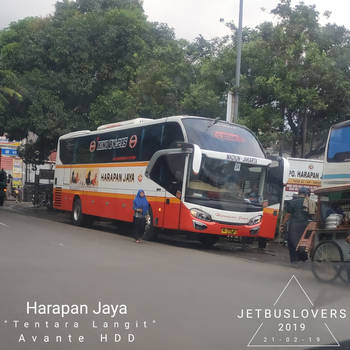 Javanese Runner: The Sky Army by JETBUSLOVERS