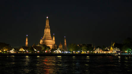 Wat Arun Bangkok by Jonson-Art