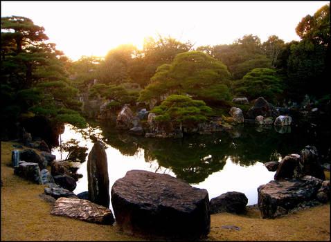 Nijo's gardens .take 2. by calenheniel