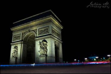 Paris la nuit by Julien-Al