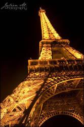Paris la nuit 2 by Julien-Al