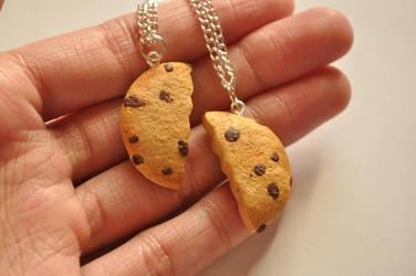 Cookie Best Friend Necklaces by eserenitia