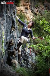 Climbing by Ellubre