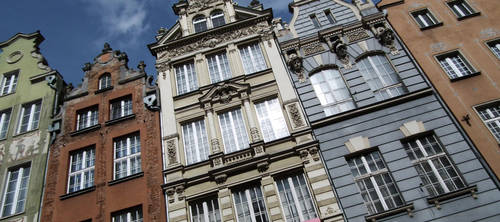 the tenement of old gdansk. by marmittes