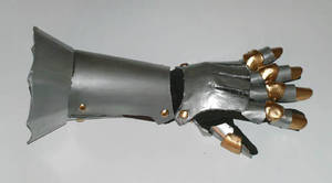Judeau Armor  - Gauntlet by AmethystArmor