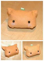 Inari Kitty Ornament by Jonisey
