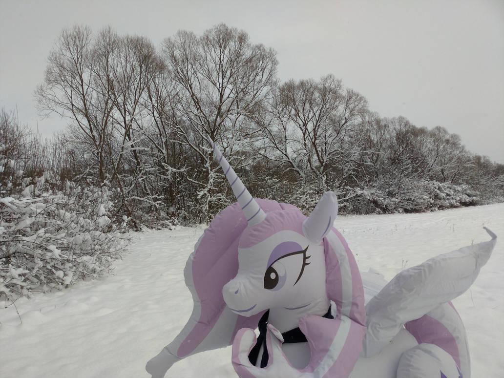[Obrázek: beautifull_pony_and_beautifull_winter_by...4c-pre.jpg]