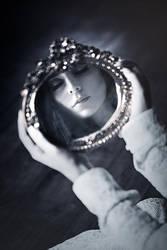 Mirror never Speaks by EbruSidar