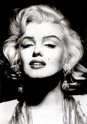 Marilyn... by Stanbos