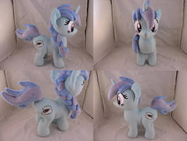 MLP OC Dreamgazer Plush (commission) by Little-Broy-Peep